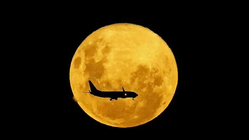 Este lunes, se registró la Superluna de Gusano