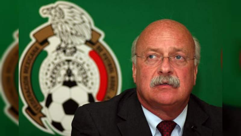 Presidente de la Liga MX anuncia que dio positivo a coronavirus