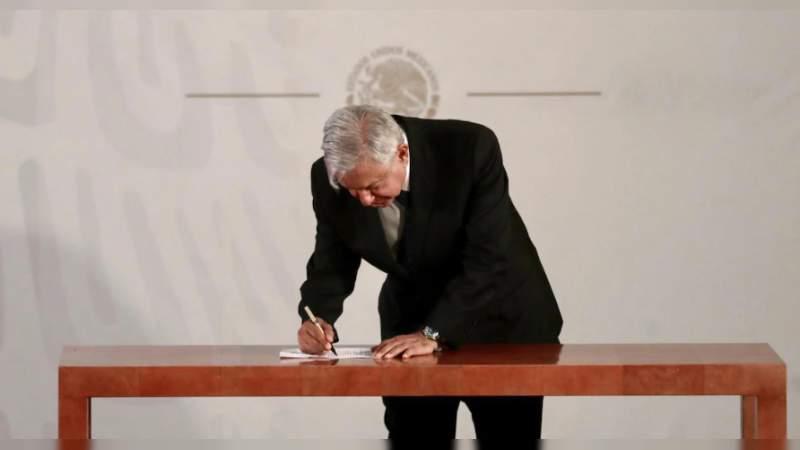 Por decreto de López Obrador, desaparecen fideicomisos y fondos públicos: $870 mil millones pasan a la Tesorería de la federación