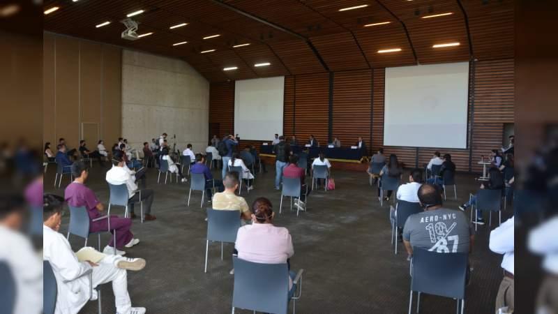 Comunidad Nicolaita del área de salud sostiene reunión con autoridades estatales