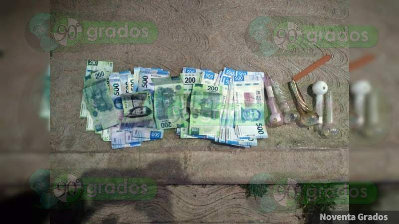Detienen a una mujer con 49 mil pesos en billetes falsos, en Tingambato
