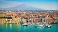 Para reactivar el turismo, isla italiana te pagará vuelos y hospedaje