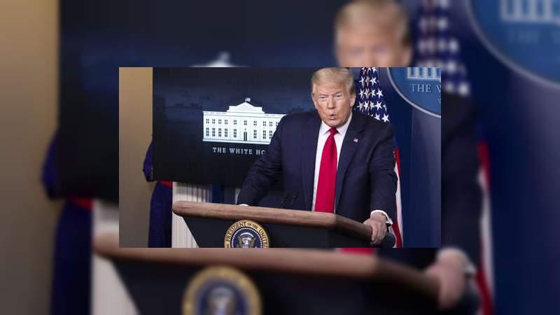 """Temen represalias contra Twitter y Facebook, Trump anuncia """"Un gran día para las redes sociales y la justicia"""""""