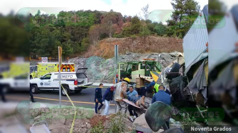 Trágico accidente deja 2 personas muertas y un lesionado en la Siglo XXI en Salvador Escalante