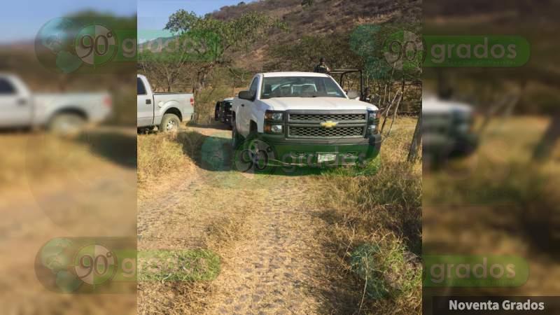 Desaparecen en Jalisco 10 policías estatales de Colima y dos empresarios que escoltaban: Solo hallaron sus camionetas