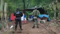 """Revientan un """"narcolaboratorio""""en Carácuaro, Michoacán"""