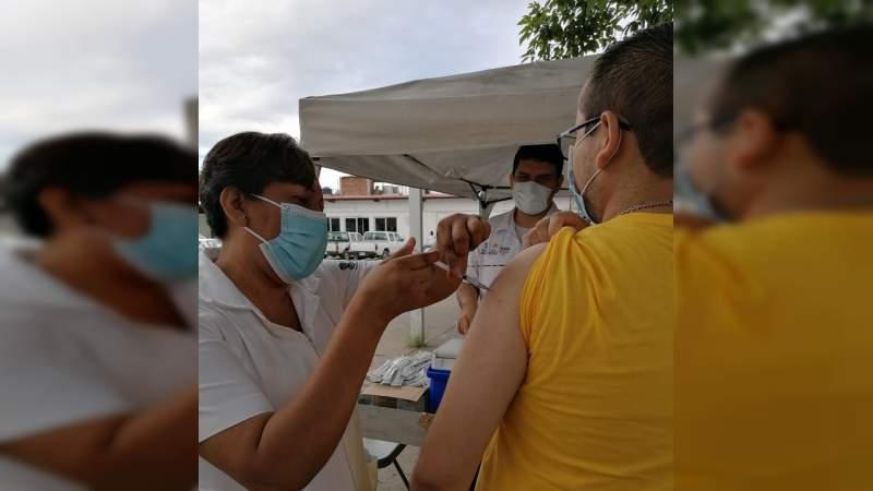 En la Jurisdicción de Apatzingán inicio la vacunación contra la Influenza