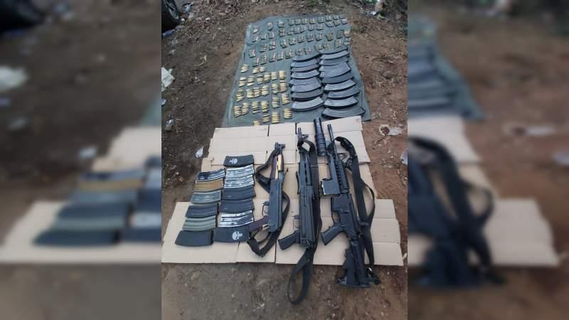Incautan arsenal en LC, Michoacán