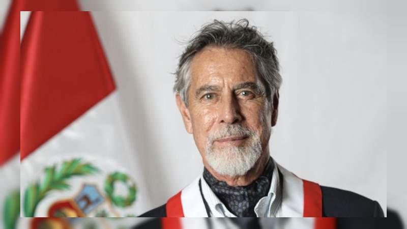 El legislador Francisco Sagasti asume como nuevo Presidente de Perú