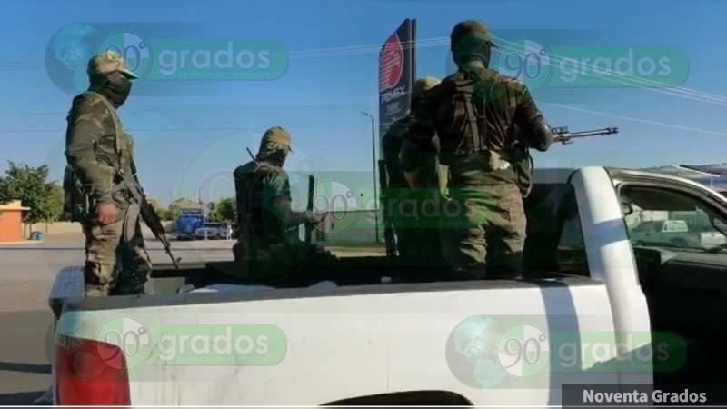 Delincuentes armados y con vestimenta militar se desplazan por la carretera Buenavista - Los Reyes