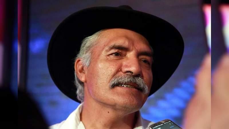 Desmienten rumor sobre la muerte de José Manuel Mireles; está delicado de salud: Familia