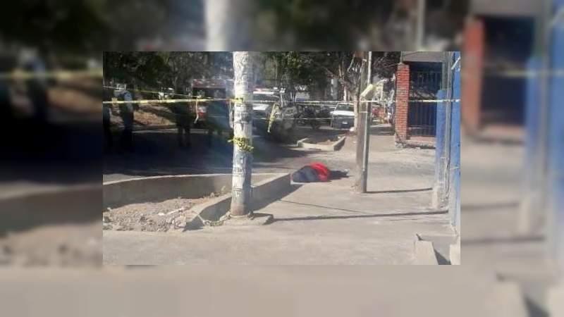 Dueño de menudería el asesinado frente a CU en Morelia, Michoacán