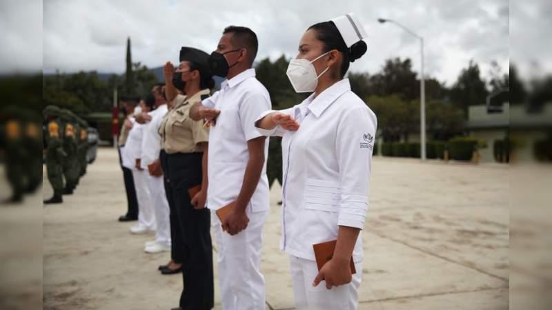 Entregan más de 300 ascensos a personal de la Secretaría de la Defensa Nacional y Marina Armada