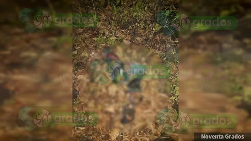 Encuentran restos humanos en un predio en Apatzingán