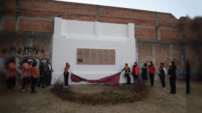 """Gobierno de Morelia devela """"Memorial"""" en conmemoración de víctimas del feminicidio"""
