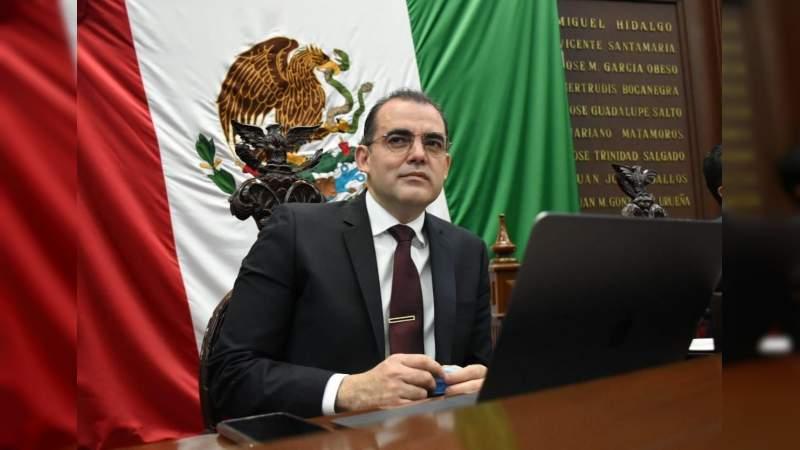 Presenta Baltazar Gaona iniciativa para que al inicio de las sesiones y antes de la aprobación del orden día, se puedan agregar asuntos