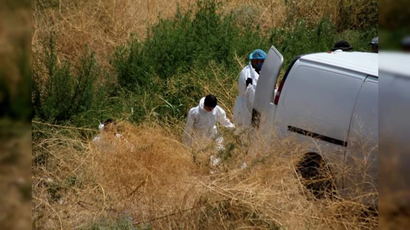 Asesinan a un hombre en baldío en Zamora