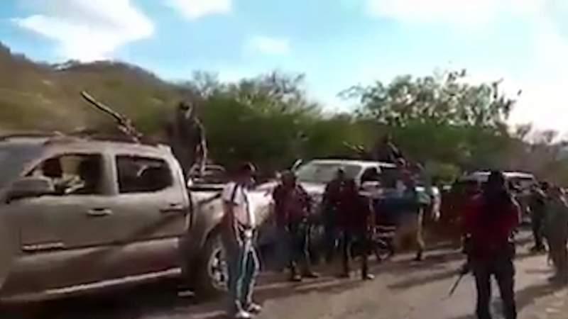 Se registra desplazamiento de convoy del crimen organizado hacia El Aguaje, Aguililla