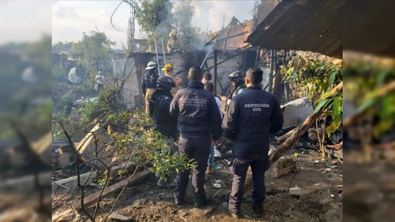 Muere una mujer calcinada al incendiarse su humilde hogar en Uruapan, Michoacán