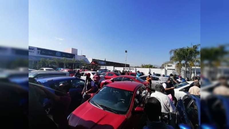 Conductores de Uber se manifiestan este lunes en Morelia