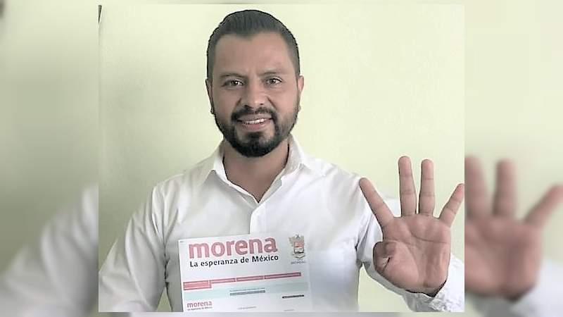 A costa de abandonar su cargo como edil de Panindícuaro, Héctor Johnny quiere ser diputado