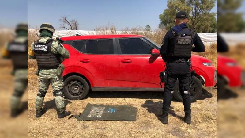 Aseguran vehículo robado y droga en Tanhuato, Michoacán