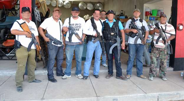 Reaparecerán las autodefensas de Michoacán, informan Comandantes