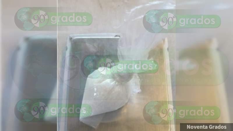 Detienen a uno en posesión de metanfetamina en Jacona, Michoacán