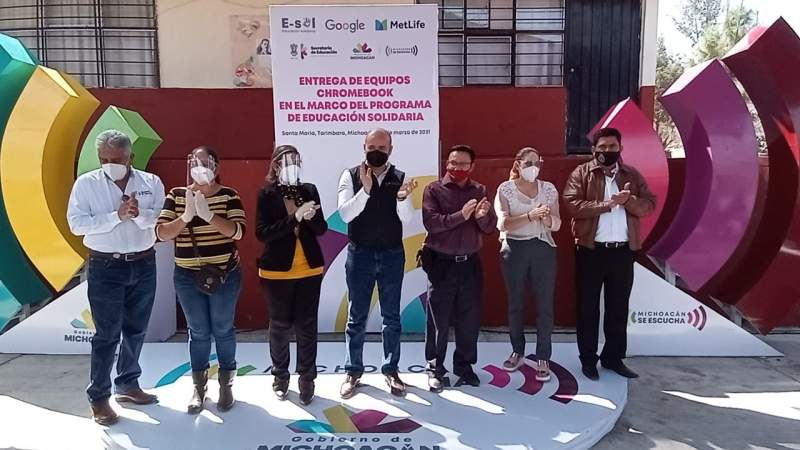 Entrega SEE equipos Chromebook a 350 niños y niñas, en Michoacán