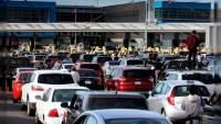 SRE mantendrá restricciones al tránsito terrestre para actividades no esenciales en su frontera norte y sur