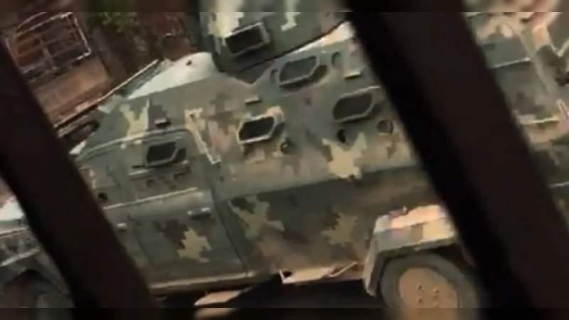 Sicarios atacan puesto militar y secuestran a soldados en Aguililla