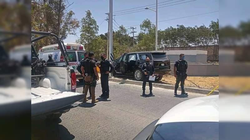Matan a hermano, cuñada y sobrino del cantante Alfredo Olivas en Zapopan, Jalisco