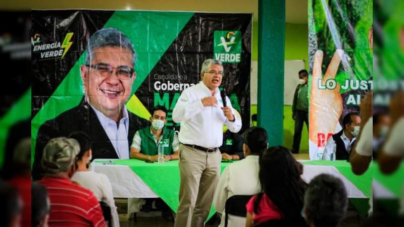 Magaña de la Mora llama a indecisos y desilusionados a la suma de su proyecto en Zitácuaro