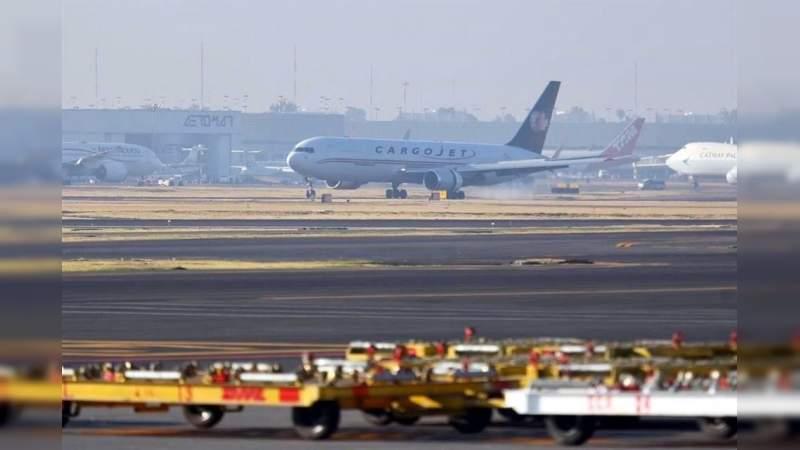 Inicia juez investigación contra funcionarios por posible violación de la suspensión del espacio aéreo