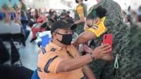 Reciben 45 mil 141 maestros vacuna contra COVID-19 en Michoacán