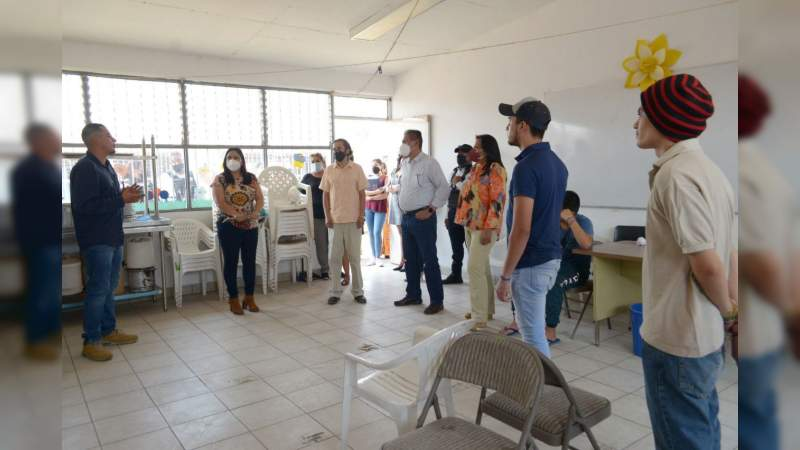 Humberto Arróniz refrenda compromiso por recuperación del tejido social comunitario