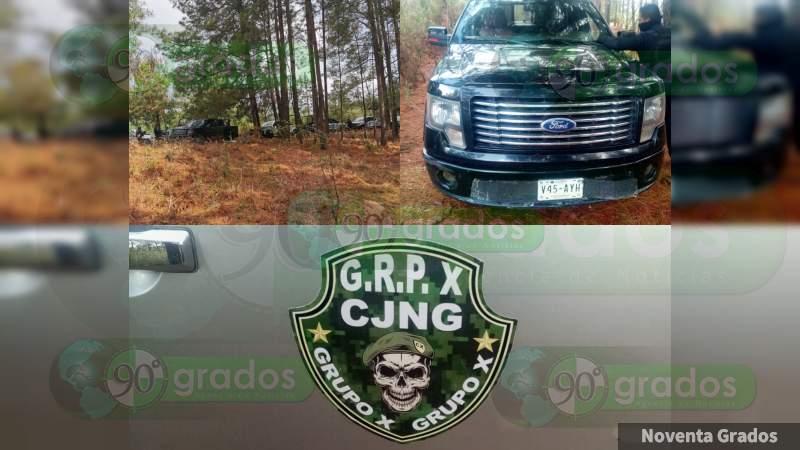 """Aseguran convoy del """"Grupo X"""" del CJNG, en Zinapécuaro"""