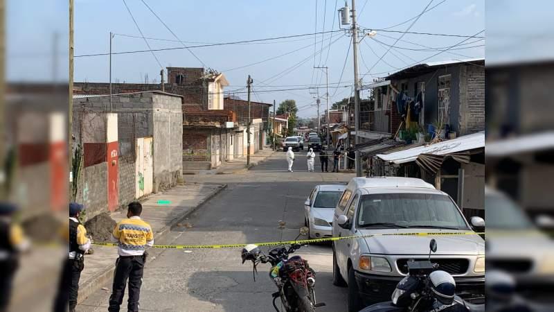 Ataque armado en local de maquinitas de Uruapan, deja un hombre y una mujer muertos