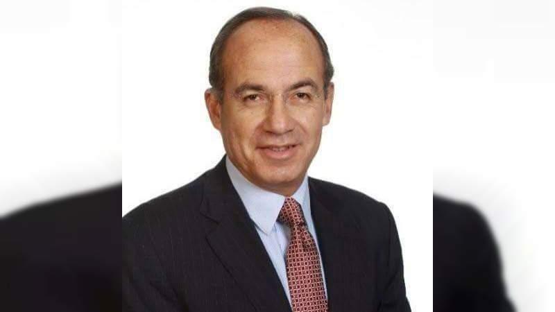 Desmiente Felipe Calderón estar hospitalizado por covid-19