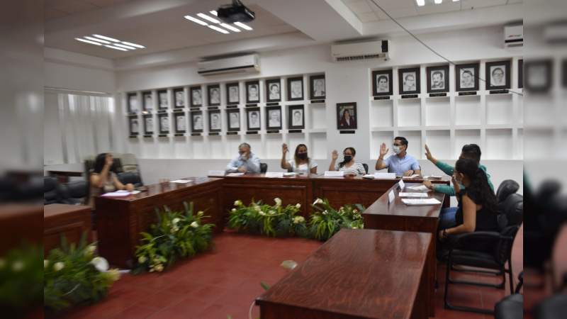 Sesiona Comité de Entrega del Gobierno Municipal de LC