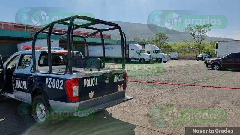 Ejecutan a dos cargadores en la Central de Abasto de Zamora, Michoacán
