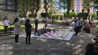 Organizan talleres educativos de ajedrez y jenga gigantes en plaza principal de Morelia, Michoacán