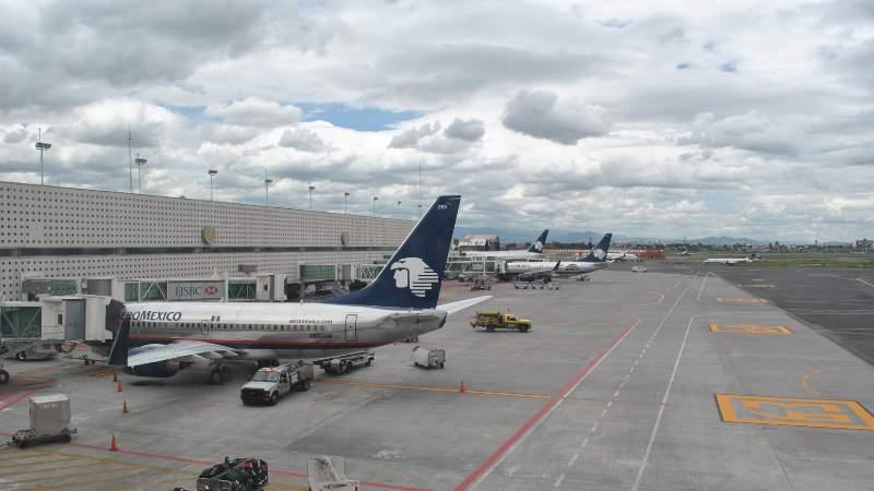 Aeropuerto de CDMX reporta fallas
