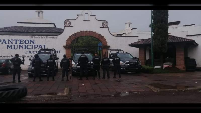 Elementos de la Policía Michoacán comisarias Zamora y Jacona, también se manifiestan por falta de pagos