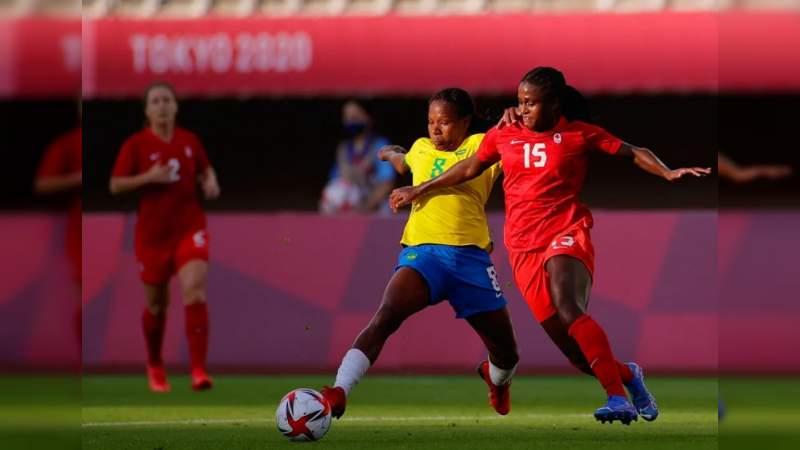 Tiempos extra y penales, ponen la emoción en eliminatorias de fútbol femenil