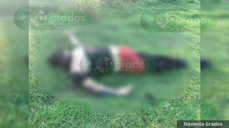 Encuentran en Apatzingán un cuerpo torturado, en zona donde anoche hubo narco retenes