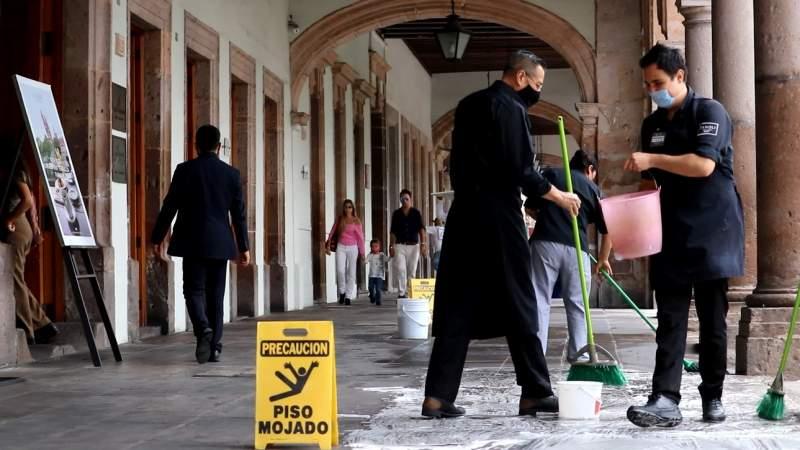 Regresarán sillas y mesas a portales de Morelia, Michoacán