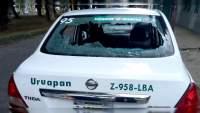 Aseguran a dos taxistas por vandalizar vehículos en Uruapan