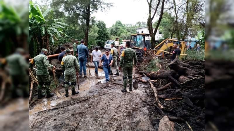 Aplican Plan DN-III-E en Peribán por desbordamiento de un río