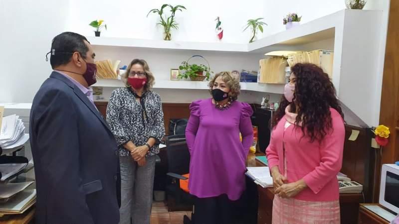Secretario de Salud, Elías Ibarra recorre oficinas centrales